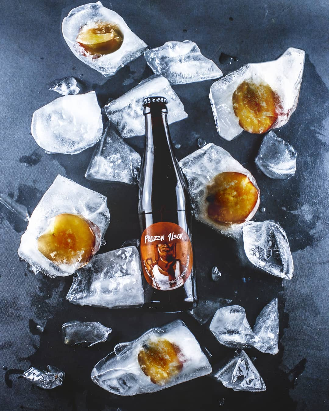 Peach Neck - The Garage Monks beer label illustration photo by Kraftowe and Jakub Cichecki